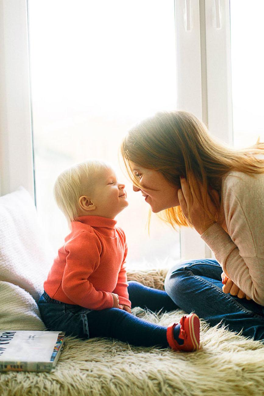 kind en moeder samen